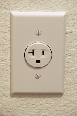 Electrical-Outlet-8830c